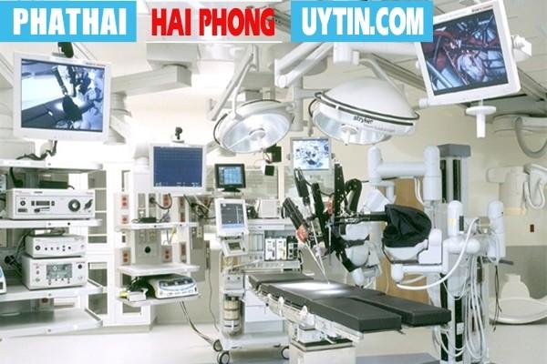 Tại Phòng Khám Hồng Phát luôn có trang thiết bị y tế hiện đại, đầy đủ