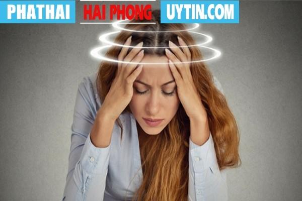 Đau đầu, chóng mặt là tác dụng phụ do thuốc tránh thai gây ra